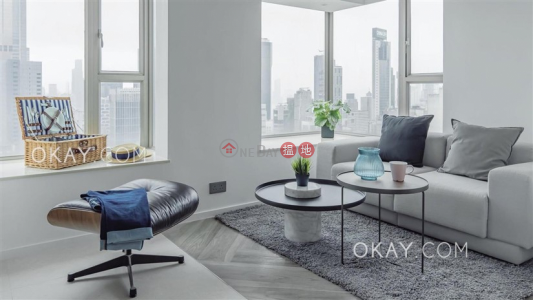 Property Search Hong Kong | OneDay | Residential, Sales Listings | Nicely kept 3 bedroom on high floor with balcony | For Sale