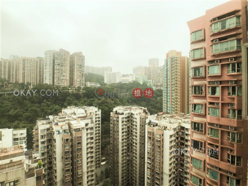 HK$ 33,000/ month, Island Place   Eastern District   Elegant 3 bedroom on high floor   Rental
