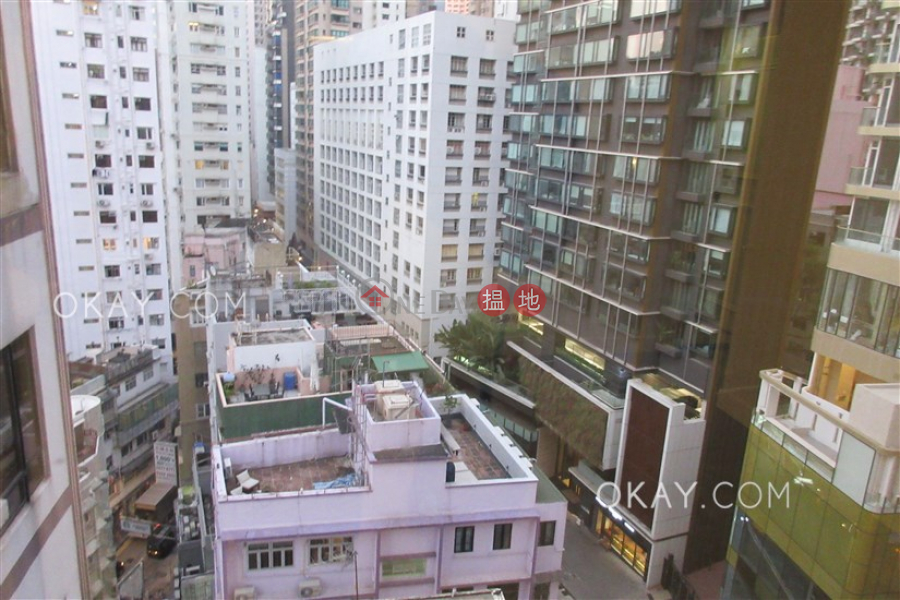 HK$ 29,000/ month | Cameo Court | Central District, Charming 2 bedroom in Mid-levels West | Rental