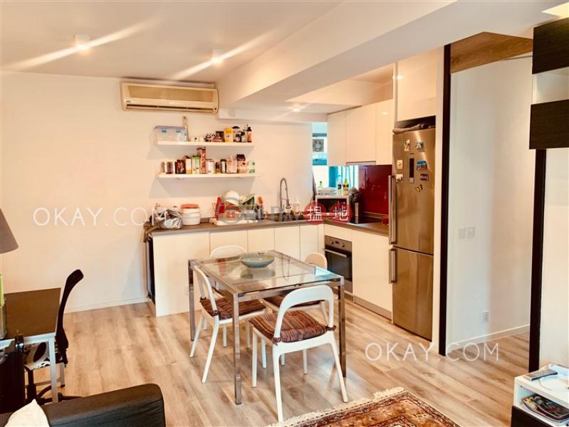 2房1廁,可養寵物,連租約發售《帝后華庭出租單位》1皇后街 | 西區|香港出租-HK$ 35,000/ 月