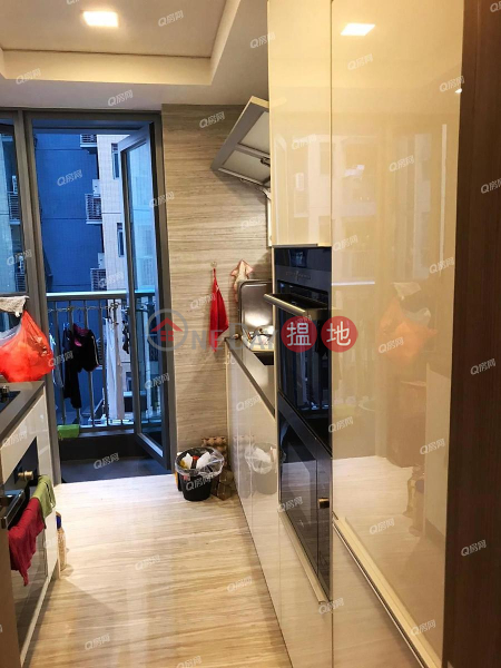 Property Search Hong Kong | OneDay | Residential | Rental Listings | Park Yoho Venezia Phase 1B Block 5A | 3 bedroom Mid Floor Flat for Rent