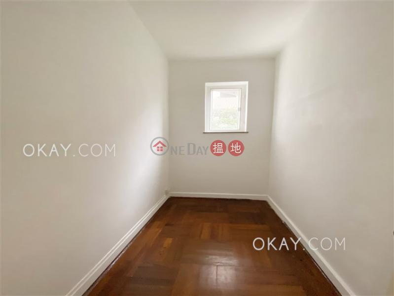 HK$ 55,000/ month Dor Fook Mansion Western District | Elegant 3 bedroom with balcony & parking | Rental