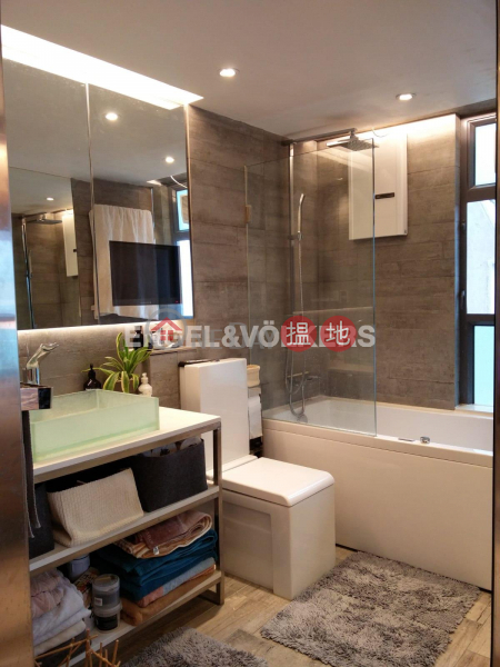 1 Bed Flat for Sale in Kennedy Town, 60 Victoria Road 域多利道60號 Sales Listings | Western District (EVHK87700)