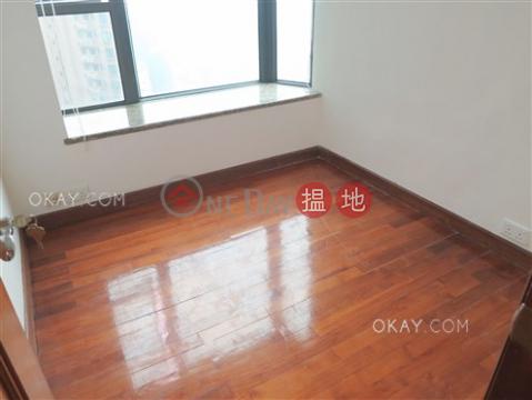 3房2廁,星級會所《輝煌豪園出售單位》|輝煌豪園(Palatial Crest)出售樓盤 (OKAY-S5261)_0