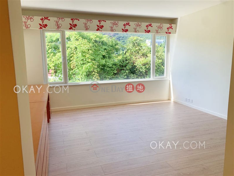 Rare house with terrace, balcony | Rental | Evergreen Garden 松柏花園 Rental Listings