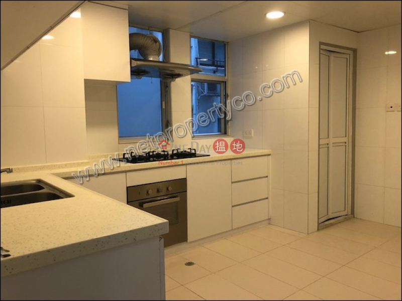 Residential for Rent in Happy Valley, Happy Mansion 快活大廈 Rental Listings | Wan Chai District (A005990)