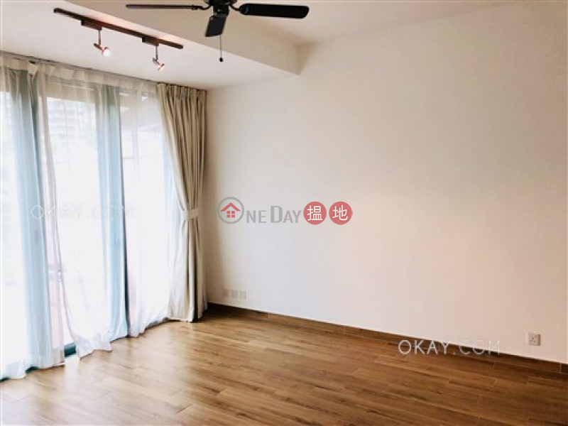 Luxurious 3 bedroom with terrace | Rental | Discovery Bay, Phase 11 Siena One, Block 48 愉景灣 11期 海澄湖畔一段 48座 Rental Listings