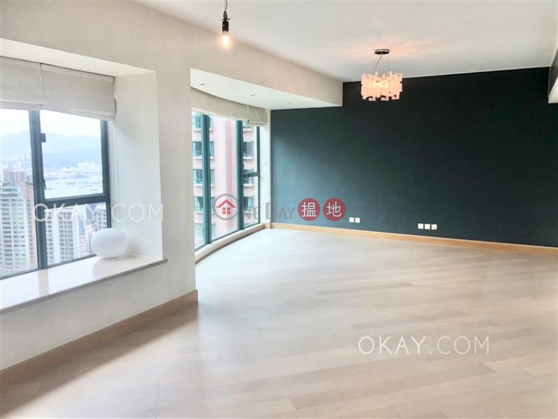 Elegant 3 bedroom on high floor with parking | Rental | Hillsborough Court 曉峰閣 Rental Listings