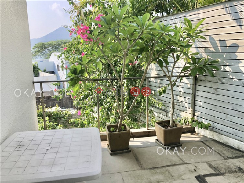 Luxurious house with rooftop, terrace & balcony   Rental   The Green Villa 翠巒小築 Rental Listings