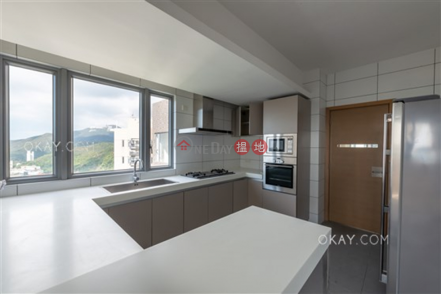 HK$ 114,000/ month | Block A-B Carmina Place | Southern District, Beautiful 4 bed on high floor with balcony & parking | Rental