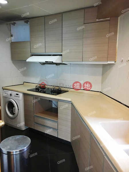 Tower 9 Island Resort | 3 bedroom Low Floor Flat for Rent | 28 Siu Sai Wan Road | Chai Wan District, Hong Kong Rental HK$ 34,000/ month