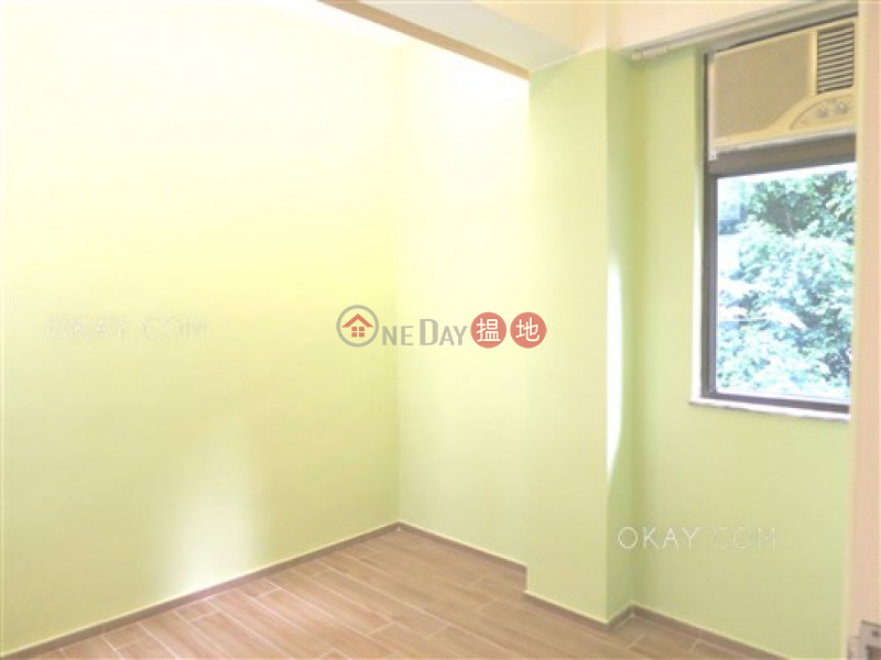 Tasteful 2 bedroom in Wan Chai | For Sale | Man Tung Building 萬東樓 Sales Listings