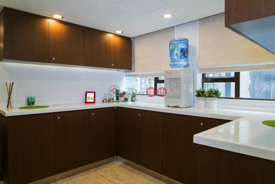 $5800 All inclusive 3 pax. Office, Kwong On Bank Mongkok Branch Building 廣安銀行旺角分行大廈 Rental Listings | Yau Tsim Mong (bc0002)