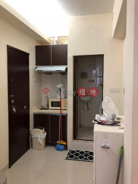Property Search Hong Kong | OneDay | Residential Rental Listings | 通菜街126A⼀一分鐘旺⾓角地鐵站,唐4樓