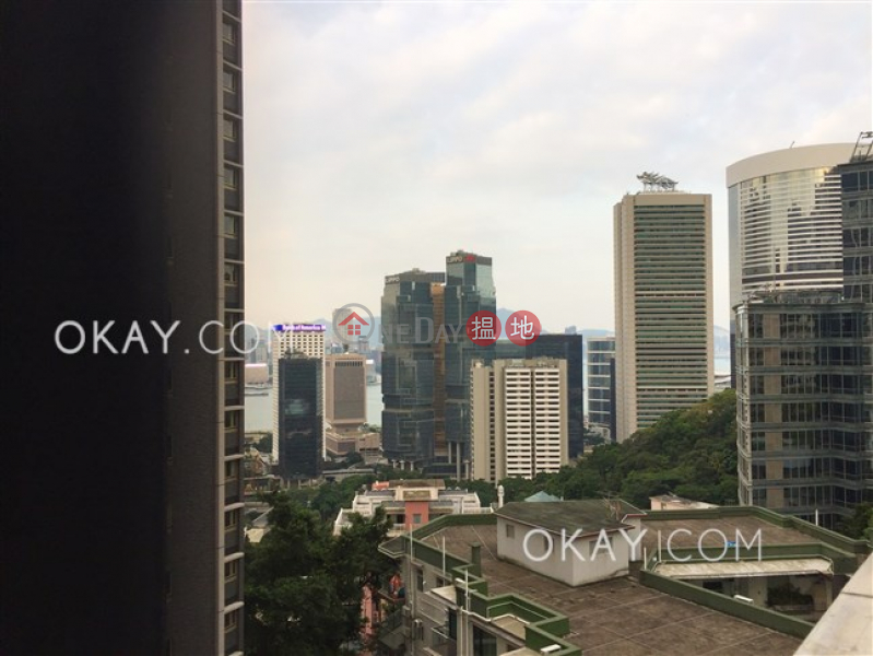 HK$ 28M, Best View Court | Central District, Efficient 3 bedroom on high floor with balcony | For Sale