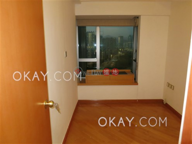 HK$ 45M, Sorrento Phase 2 Block 2 | Yau Tsim Mong | Luxurious 3 bedroom in Kowloon Station | For Sale