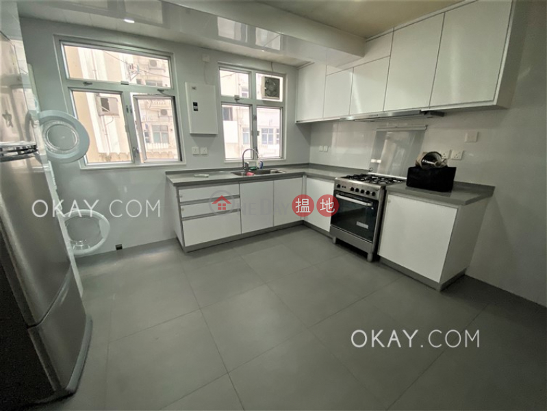 HK$ 52,000/ month Realty Gardens   Western District, Efficient 3 bedroom with harbour views, balcony   Rental