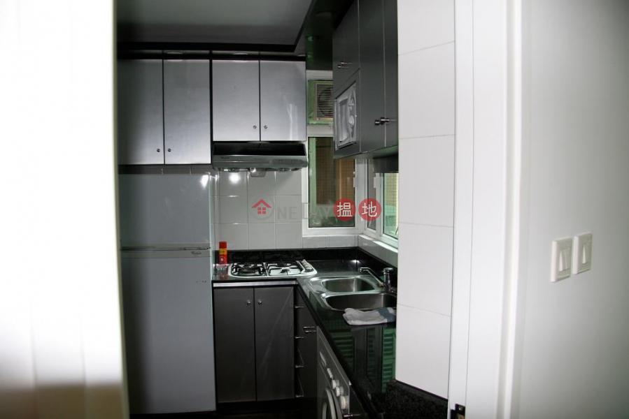 Flat for Sale in Royal Court, Wan Chai, Royal Court 皇朝閣 Sales Listings | Wan Chai District (H000353821)