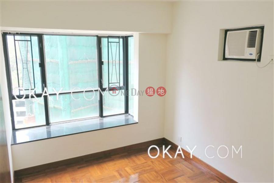 Nicely kept 3 bedroom in Mid-levels West | Rental | 10 Robinson Road | Western District Hong Kong Rental HK$ 39,000/ month