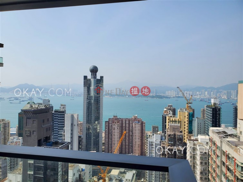 Unique 2 bedroom on high floor with balcony | Rental | King\'s Hill 眀徳山 Rental Listings