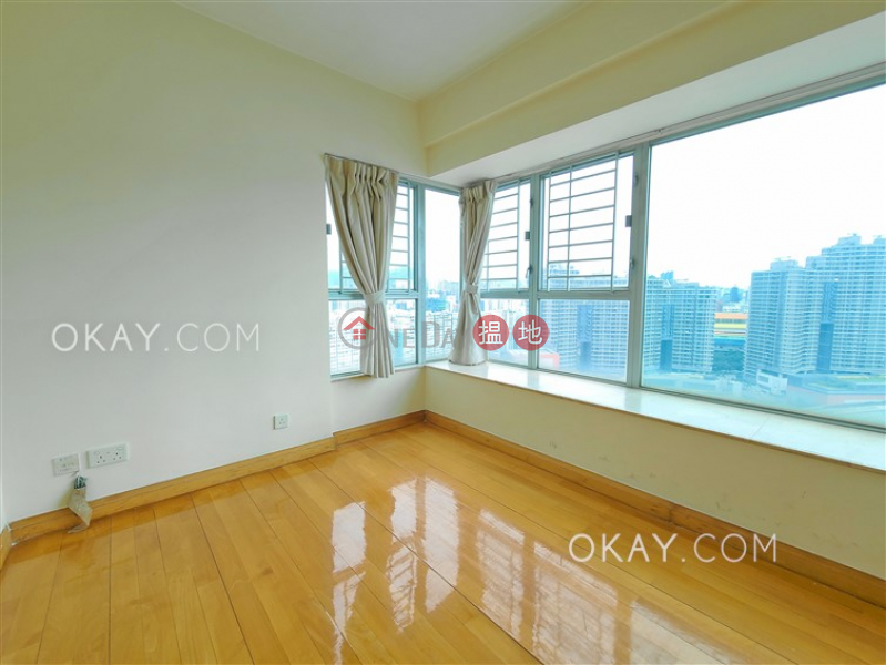 Property Search Hong Kong   OneDay   Residential   Rental Listings   Charming 3 bedroom in Kowloon Station   Rental