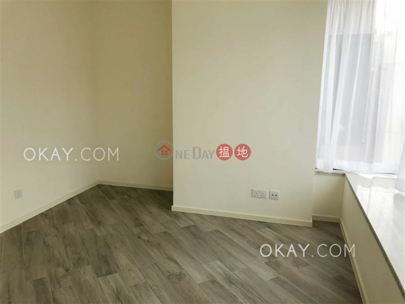 HK$ 31,000/ month | Fleur Pavilia Tower 3, Eastern District, Nicely kept 1 bedroom with balcony | Rental