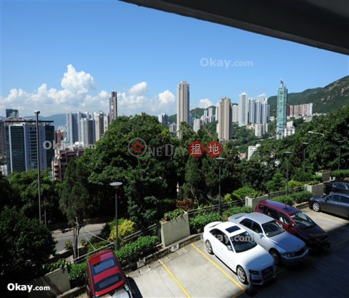 Efficient 4 bed on high floor with rooftop & balcony | Rental | Evergreen Villa 松柏新邨 Rental Listings