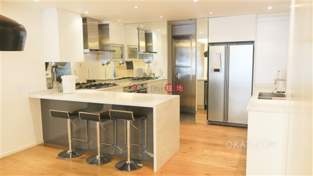 Luxurious 3 bedroom with balcony & parking | For Sale, 69A-69B Robinson Road | Western District | Hong Kong Sales HK$ 35M