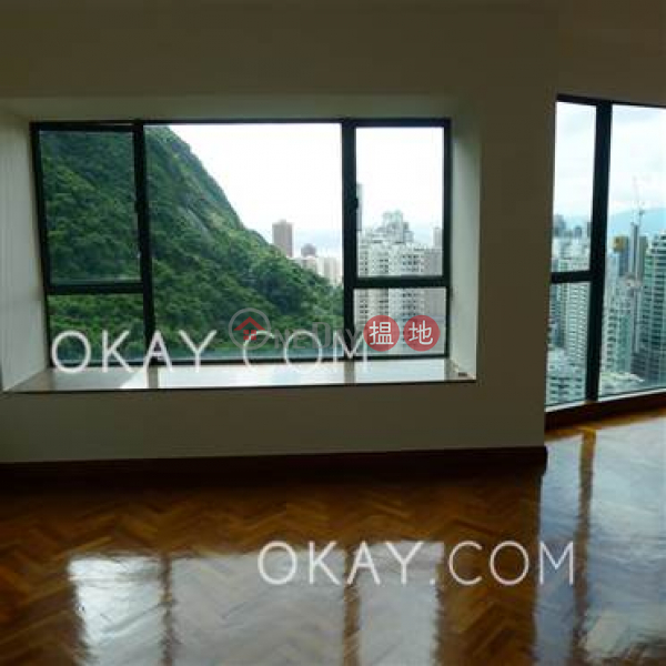 Gorgeous 3 bedroom with parking | Rental, Hillsborough Court 曉峰閣 Rental Listings | Central District (OKAY-R19092)