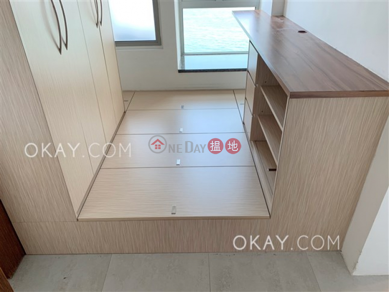 HK$ 12.25M The Merton | Western District Nicely kept 2 bedroom on high floor with balcony | For Sale