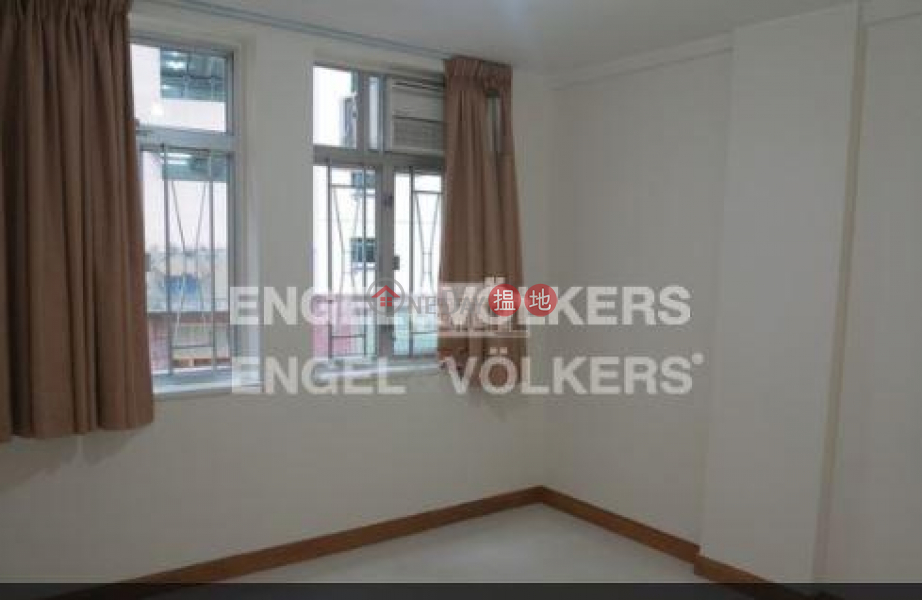 HK$ 32,000/ month | Wise Mansion | Western District, 2 Bedroom Flat for Rent in Mid Levels West