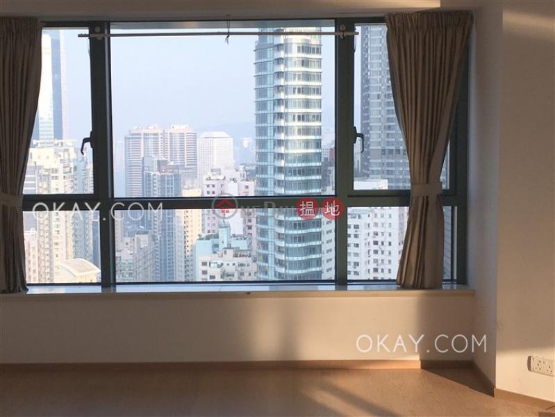 HK$ 57,000/ month, 80 Robinson Road, Western District | Tasteful 3 bedroom on high floor with harbour views | Rental
