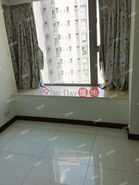 Centre Place | 2 bedroom Mid Floor Flat for Rent 1 High Street | Western District Hong Kong | Rental HK$ 32,000/ month