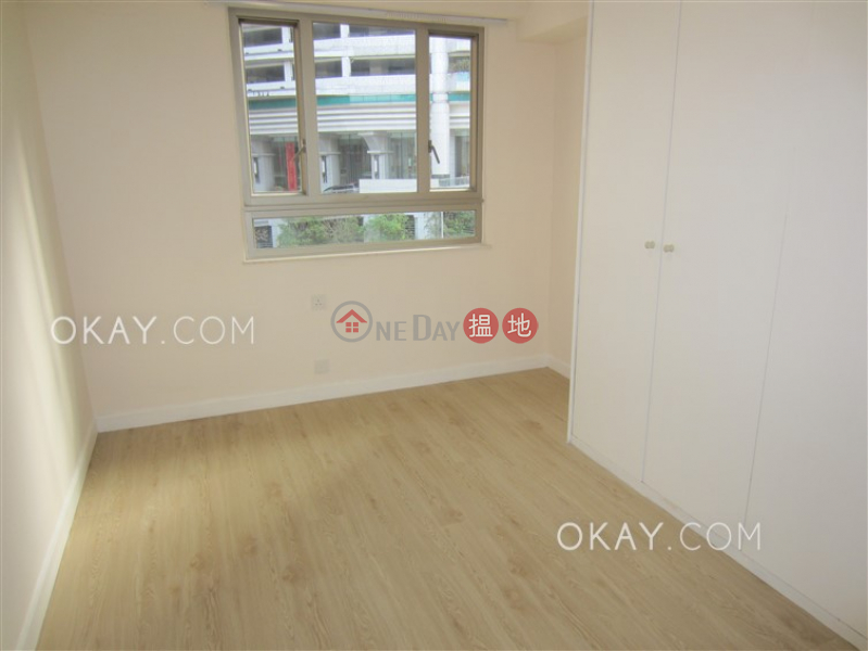 HK$ 63,000/ month, Wing Hong Mansion | Central District Efficient 3 bedroom on high floor with parking | Rental