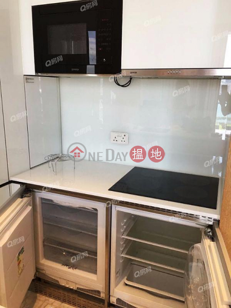 The Gloucester | 1 bedroom Mid Floor Flat for Sale, 212 Gloucester Road | Wan Chai District | Hong Kong Sales HK$ 13M