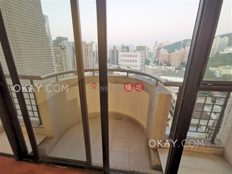 Rare 4 bedroom with balcony & parking | Rental | Beverly Hill 比華利山 Rental Listings