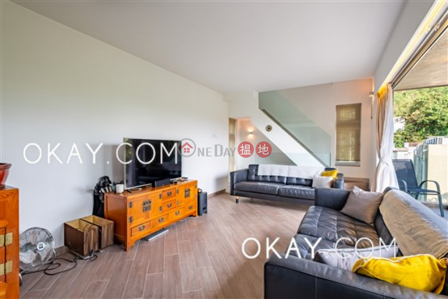 HK$ 9.98M | Chi Fai Path Village Sai Kung | Cozy house with rooftop, terrace & balcony | For Sale