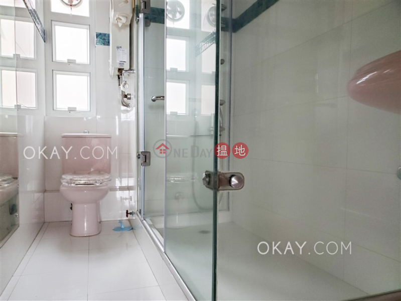 3房2廁,實用率高,極高層,連車位《雲峰大廈出租單位》 雲峰大廈(Summit Court)出租樓盤 (OKAY-R175783)