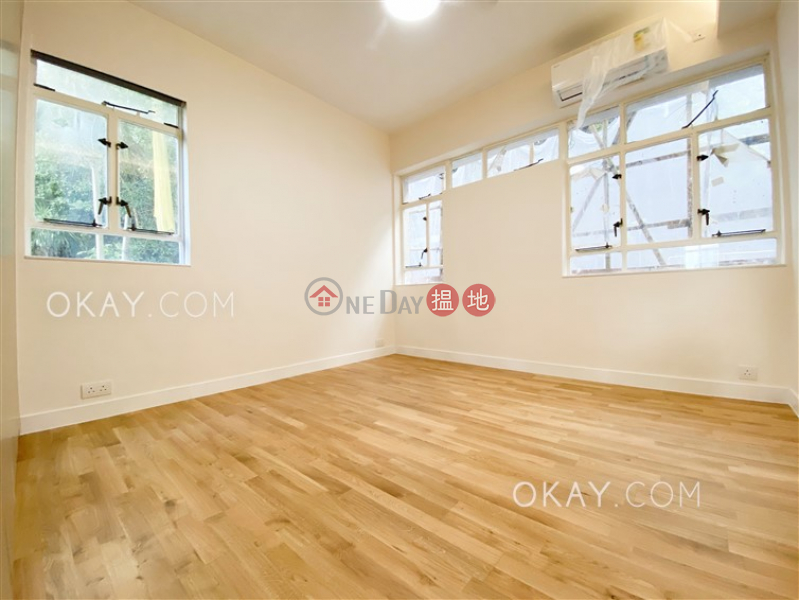 HK$ 128,000/ month, Borrett Mansions Central District, Efficient 4 bedroom with balcony | Rental