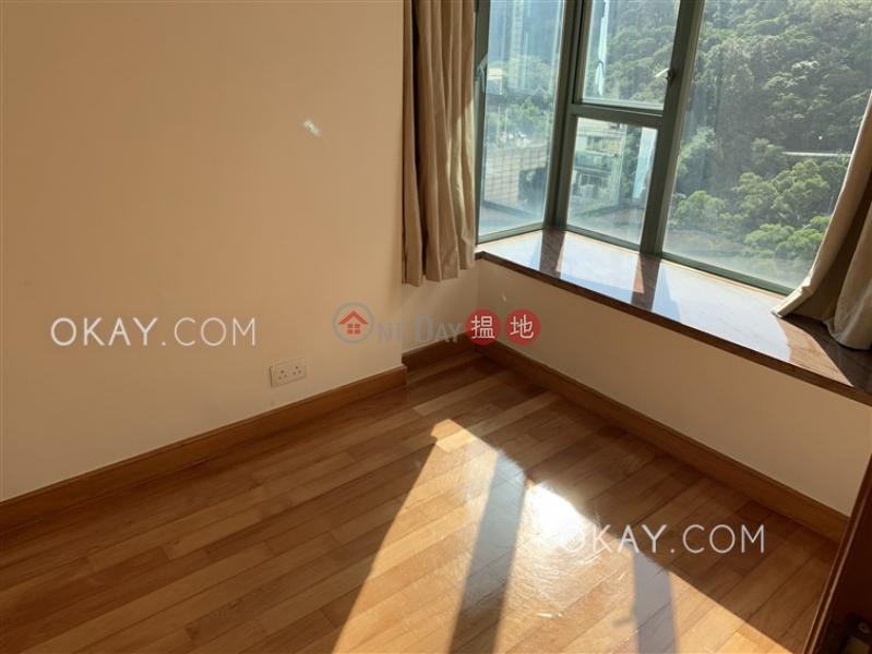 Tasteful 3 bedroom on high floor   For Sale   Bayview Park 灣景園 Sales Listings