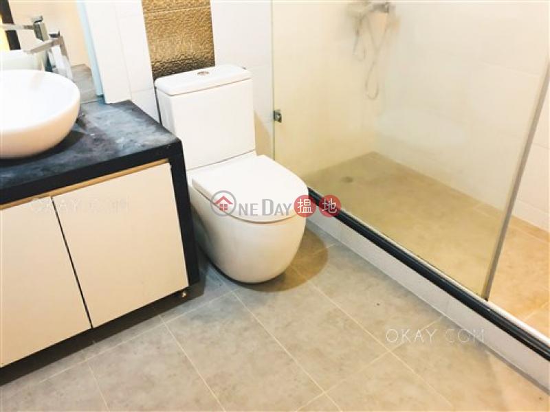 Gorgeous 3 bedroom with parking | Rental, Merry Court 美麗閣 Rental Listings | Western District (OKAY-R30679)