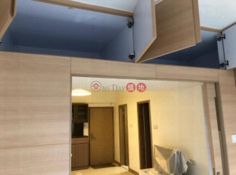 HK$ 23,500/ 月|國泰大廈-灣仔區-連部份傢俬,連部份電器,市中心,間隔四正