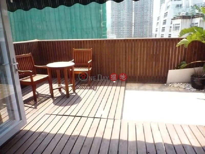 Studio Flat for Rent in Sheung Wan 3 Lok Ku Road | Western District | Hong Kong | Rental HK$ 28,000/ month