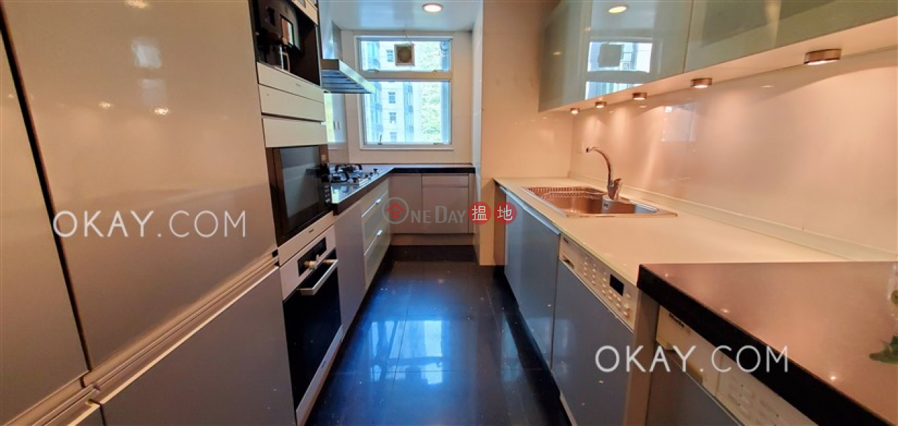 香港搵樓|租樓|二手盤|買樓| 搵地 | 住宅|出售樓盤-4房2廁,星級會所,連車位,露台《名門 3-5座出售單位》