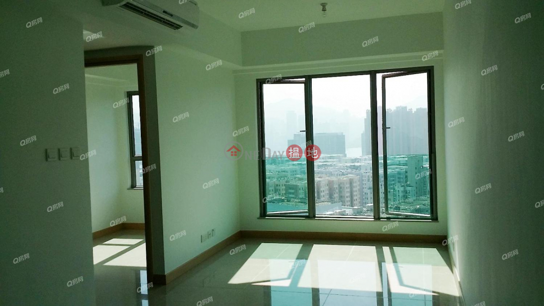 La Lumiere | 2 bedroom High Floor Flat for Sale | La Lumiere 悅目 Sales Listings