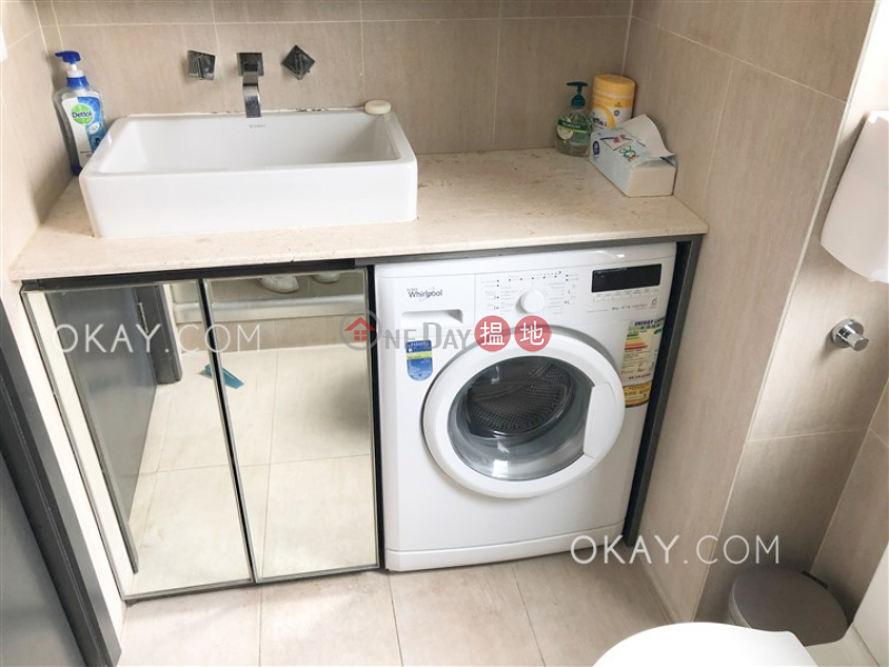 Intimate 1 bedroom on high floor | For Sale | Wah Fai Court 華輝閣 Sales Listings