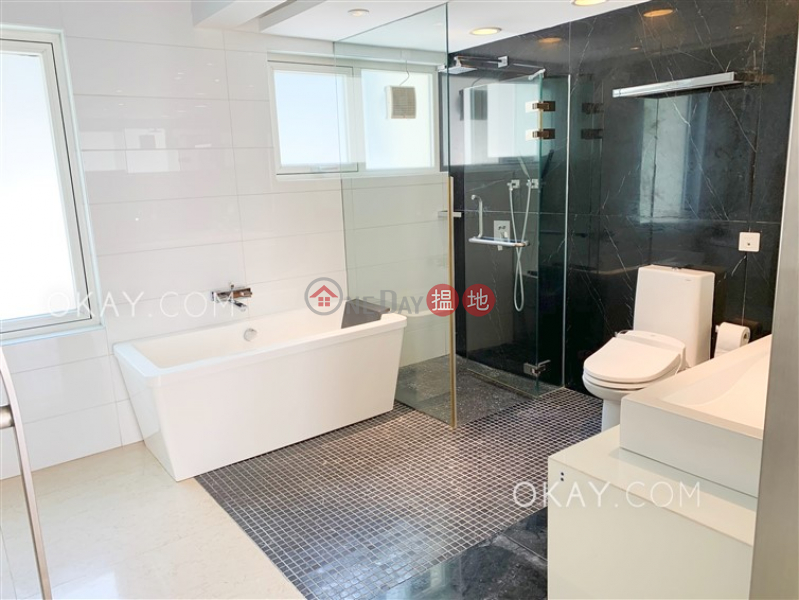 HK$ 185,000/ month, Evergreen Garden, Southern District Rare house with terrace, balcony | Rental