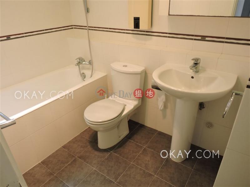 HK$ 53,000/ 月-慧明苑2座西區3房2廁,連車位,露台《慧明苑2座出租單位》
