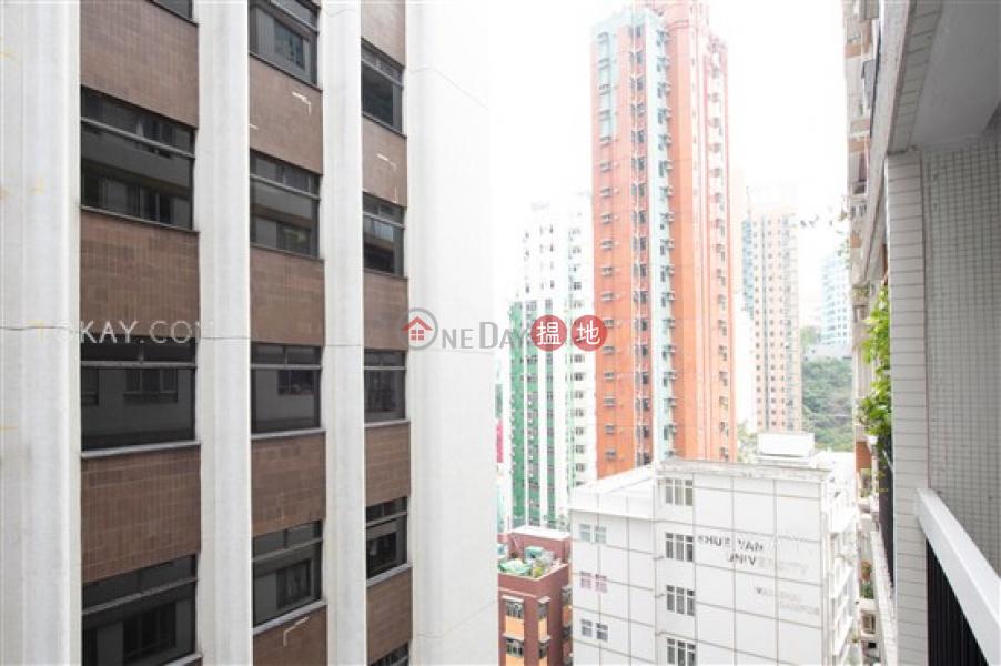 Efficient 3 bedroom with balcony & parking | For Sale | Block 4 Phoenix Court 鳳凰閣 4座 Sales Listings