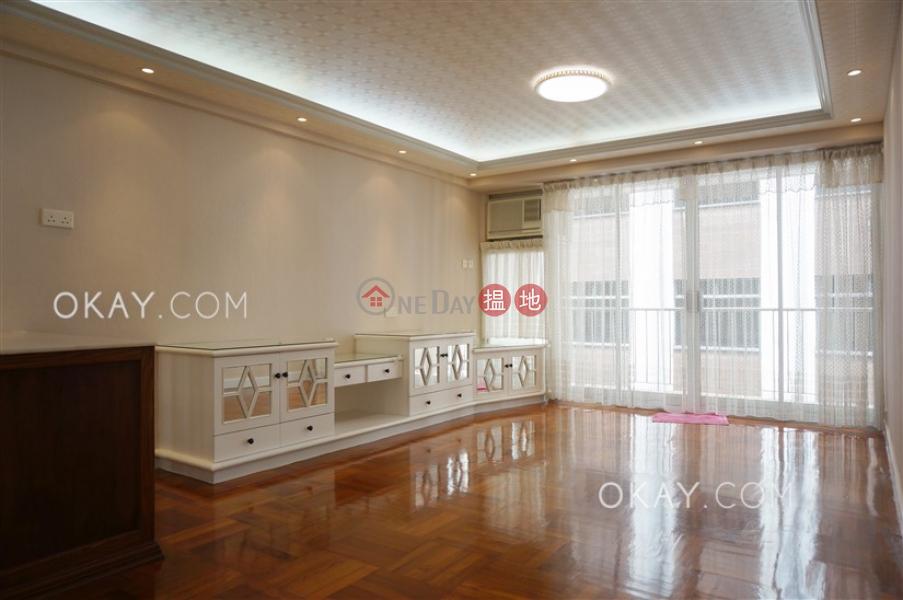 Lovely 3 bedroom on high floor with balcony | Rental | Block 3 Phoenix Court 鳳凰閣 3座 Rental Listings